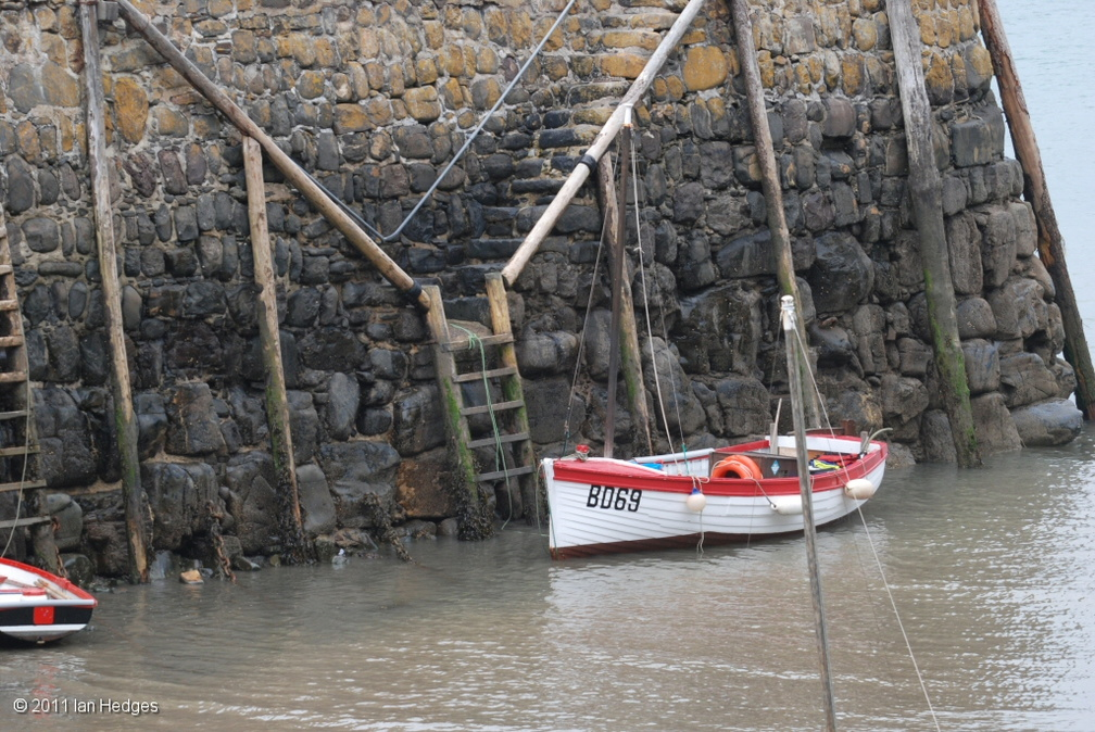 clovelly harbour1